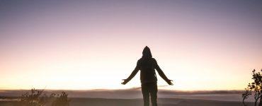 Hoe kan ek myself met oorgawe aan God gee?